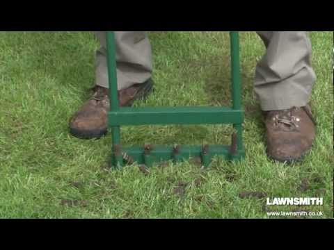 How to Aerate, Spike & Hollow Tine a Lawn - YouTube