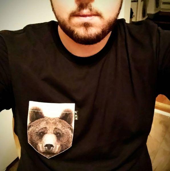 Men's clothing・Pocket tee・Bear・Pattern・Quebec・Montreal ❖ Vêtements pour hommes・Chandail à poche・Ours・Motifs・Montréal