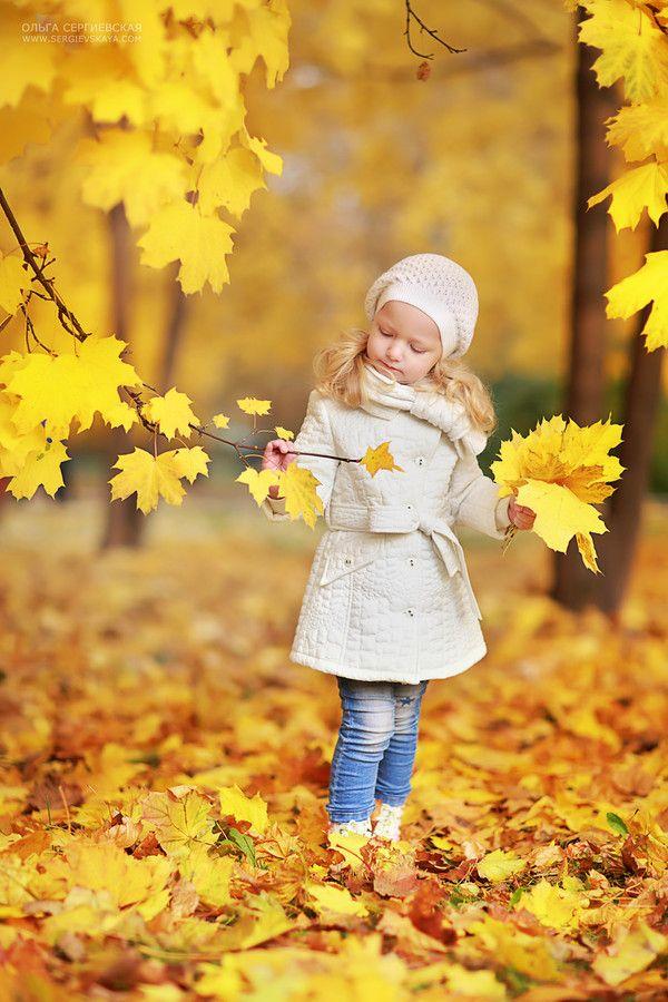 inspiratie om de mooiste foto's van je kids te maken met herfst  by Olga Sergievskaya on 500px