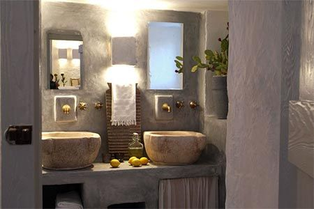 beautiful Italian bathroom Masseria Cimino, Puglia