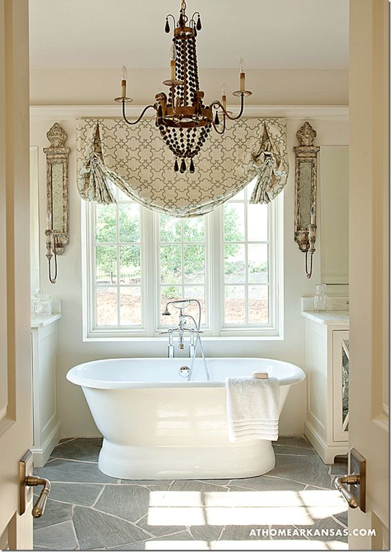 171 best roman shades balloons images on pinterest for Roman bathroom designs