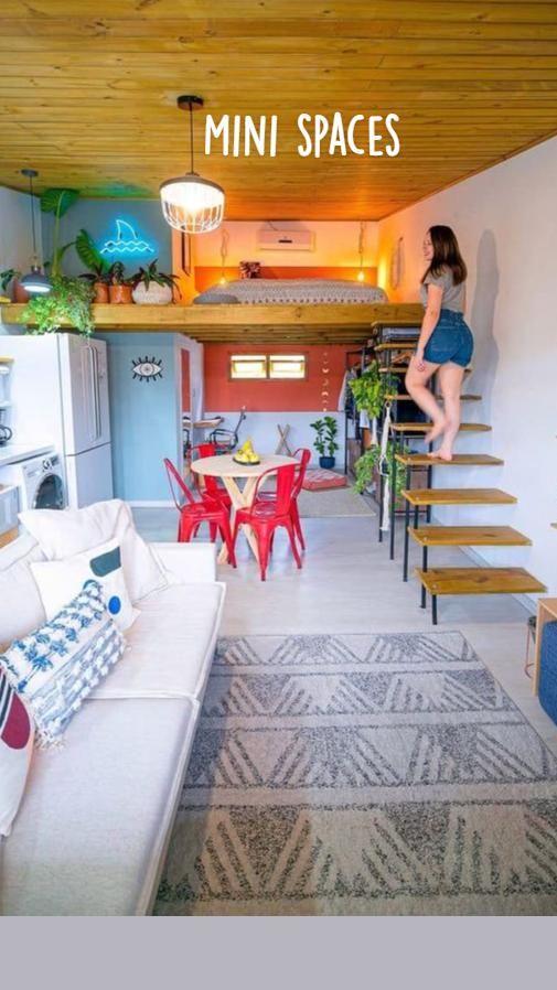Tiny House Loft, Best Tiny House, Modern Tiny House, Tiny House Living, Tiny House Plans, Small House Interior Design, Small Room Design, Small Apartment Design, Tiny House Design