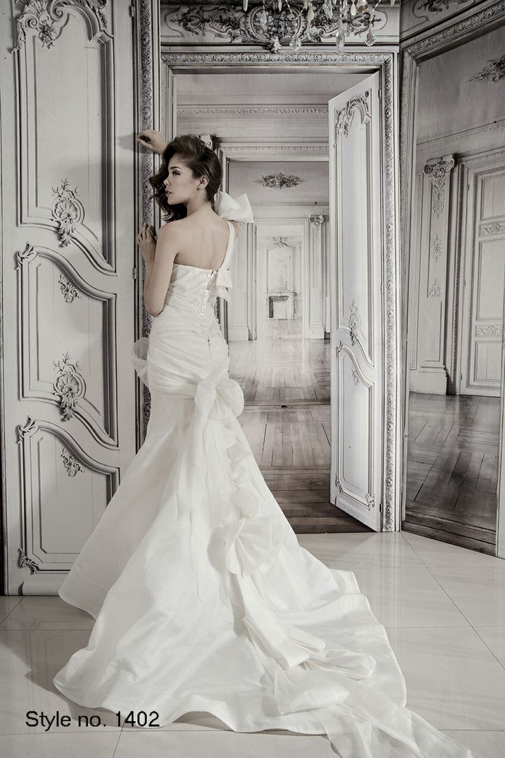 Pnina Tornai Bridal Dress Style No 1402 Back Pnina