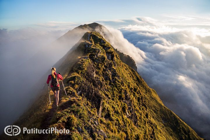 Hiking the Hardergrat at sunrise