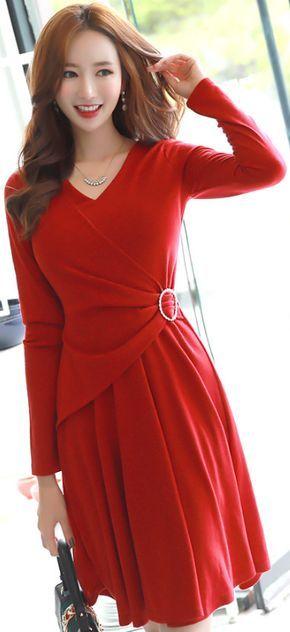 StyleOnme_Cubic Brooch V-Neck Flared Dress #red #dress #elegant #feminine #koreanfashion #kstyle #kfashion #seoul