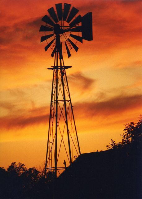 'a thousand colours of a Mallee sunset' (Enda Kenny) - even if this one is Dakota.