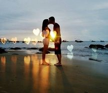 cute: Beaches, Kiss, Heart, Wedding, Couple Photography, Couple Pictures, Perfect, Photography Ideas