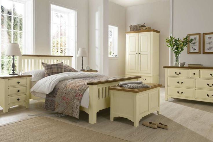 New England Painted Oak Bedroom Furniture