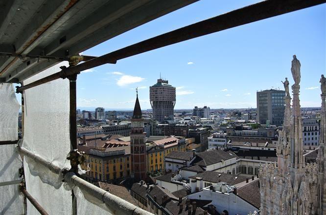 I Grandi Cantieri - Una splendida vista dal cantiere del #duomodimilano #milancathedral #AdottaUnaGuglia #GetYourSpire