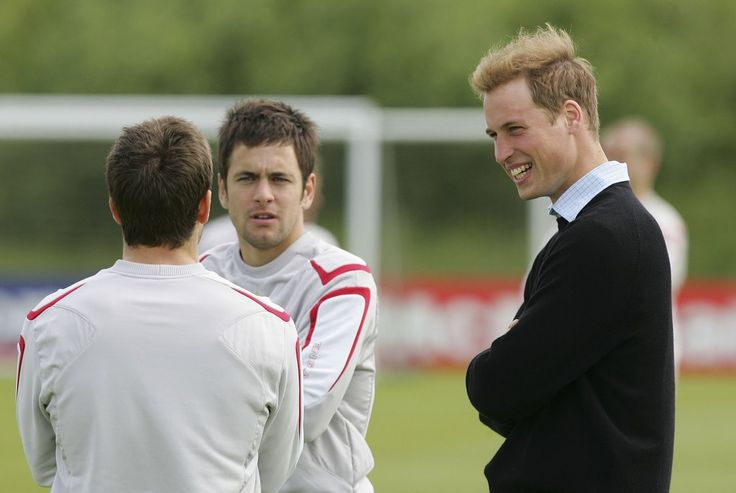 Prince William talked with the English soccer team in June 2006 in Manchester.