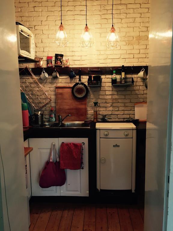 Spectacular Gem tliche K che in K ln mit kreativer Deckenleuchte Wohnen in K ln K ln kitchen