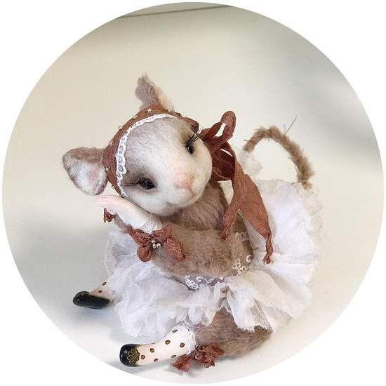 Ballerina By Sadovska Tetiana - Mouse is sewn from viscose. legs made of polymer clay