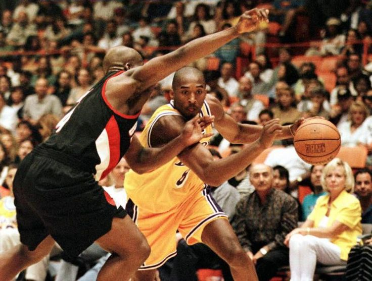 Young Kobe Bryant drives to the hoop in a 1997 playoff game at the Great Western Forum. Photo: Getty