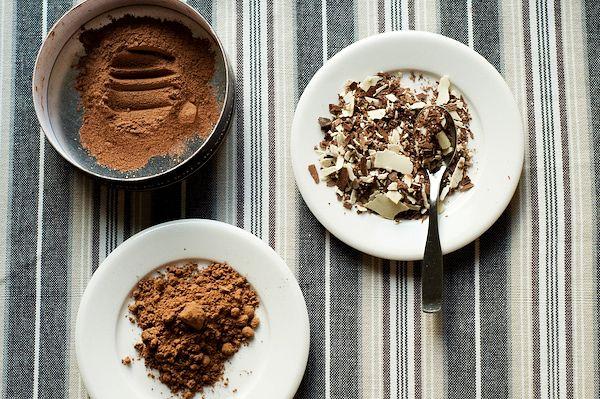 Polevy jsou výborné nejen na dorty či zmrzliny, palačinky ale také na cukroví, bávovky či na ovoce. Já vám teď popíši několik zajímavý