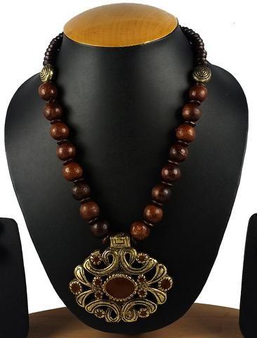 Brown Color Brass Necklace Set - GCN57