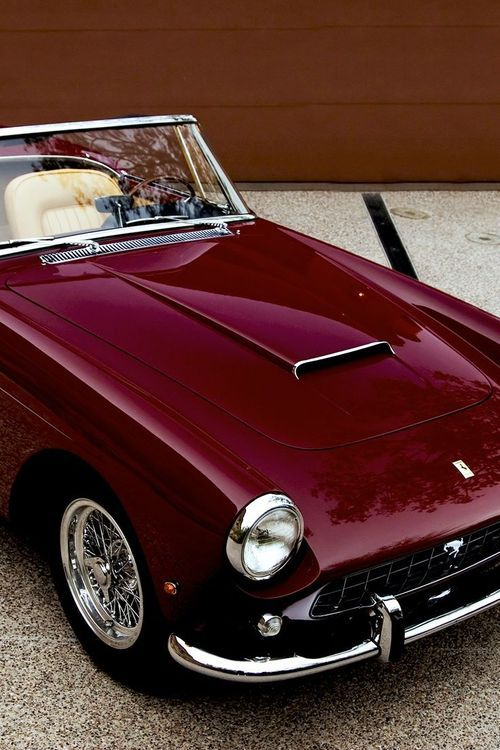 aubergine Ferrari classic car... I especially love this colour and on this classic its just fantastic