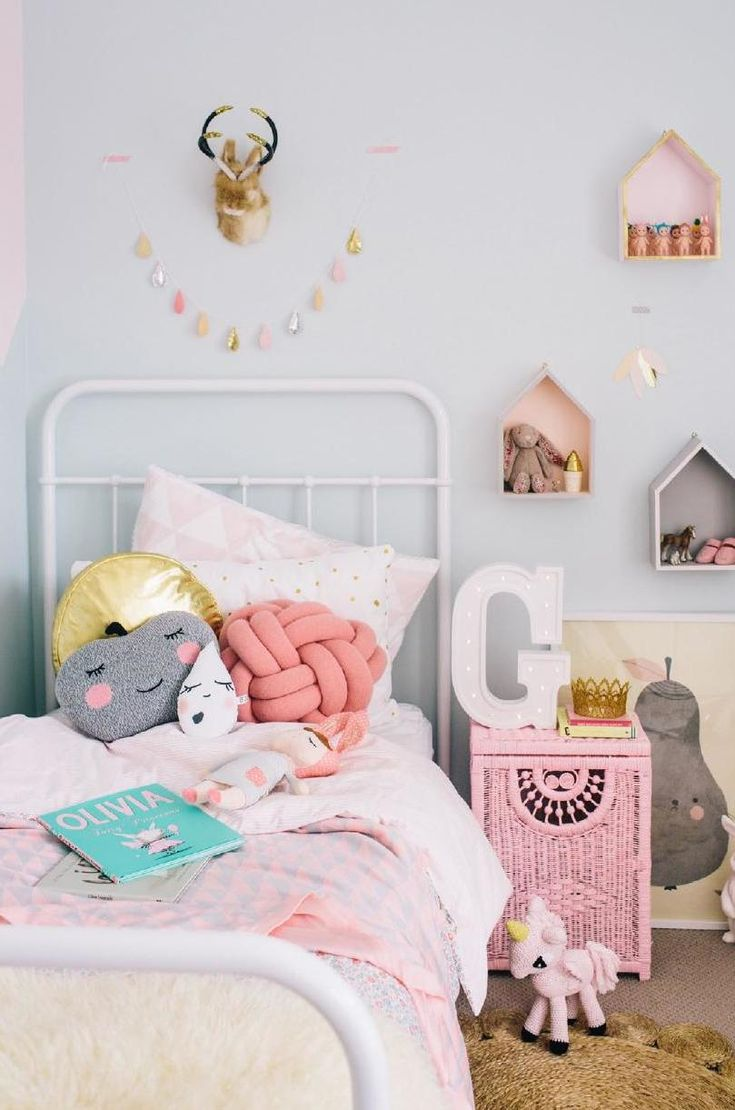 Pastel Kidsroom issuu.com/adorehome/ Blabla Pillow: Apple, house shaped shelves, Pirum Parum Pear Poster by Fine Little Day, Sonny Angel dolls.