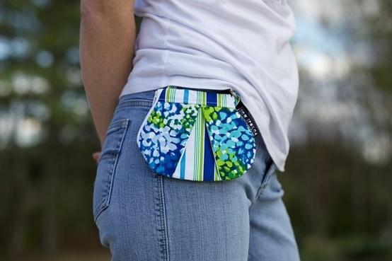mini zip purse, so cute.REPINNED | REPINNED