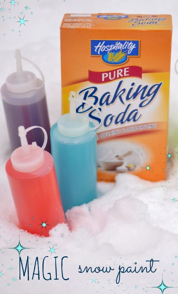 """Smart! Sprinkle baking soda on snow & send kids on a hunt for """"magic"""" snow with vinegar paint"""