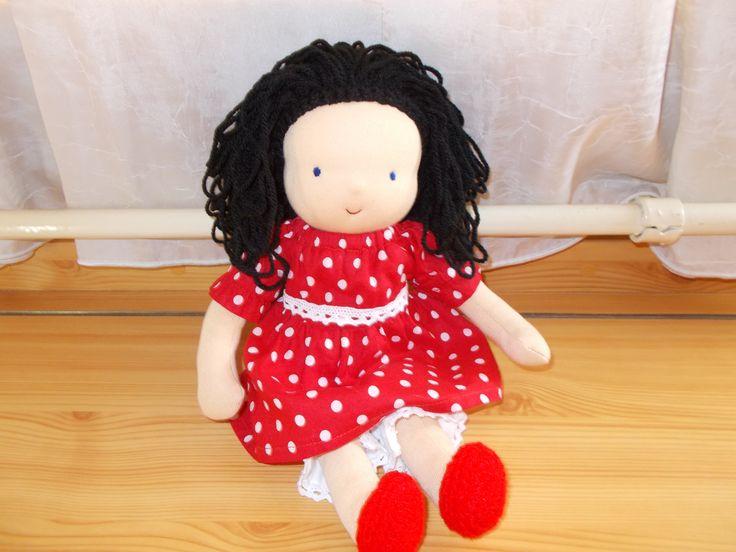 30 cm-es öltöztethető baba