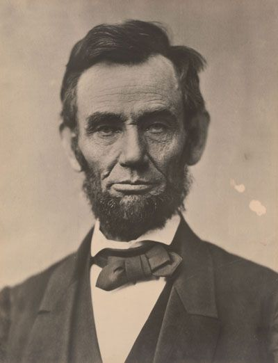 Gilder Lehrman Online Exhibit on Lincoln with great primary sources.  Lincoln Speaks: Words that Transformed a Nation - Abraham Lincoln