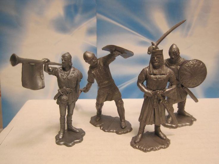 IDEAL MARX CASTLE VINTAGE 1960s HTF SILVER KNIGHTS 60mm PLASTIC TOY SOLDIER #IDEALTOYS