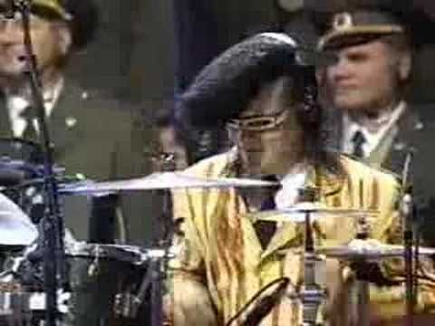 Leningrad Cowboys & Red Army Choir - SWEET HOME ALABAMA