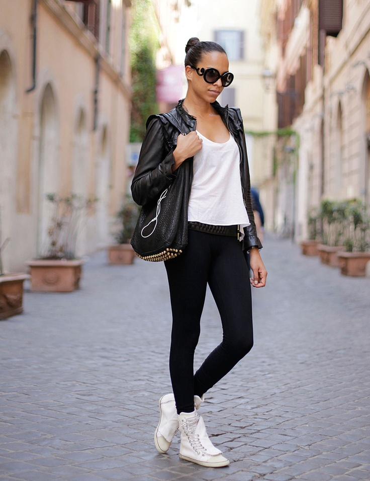 25 Best Ideas About Rome Street Style On Pinterest Lady In Black Black Dress And Tights And