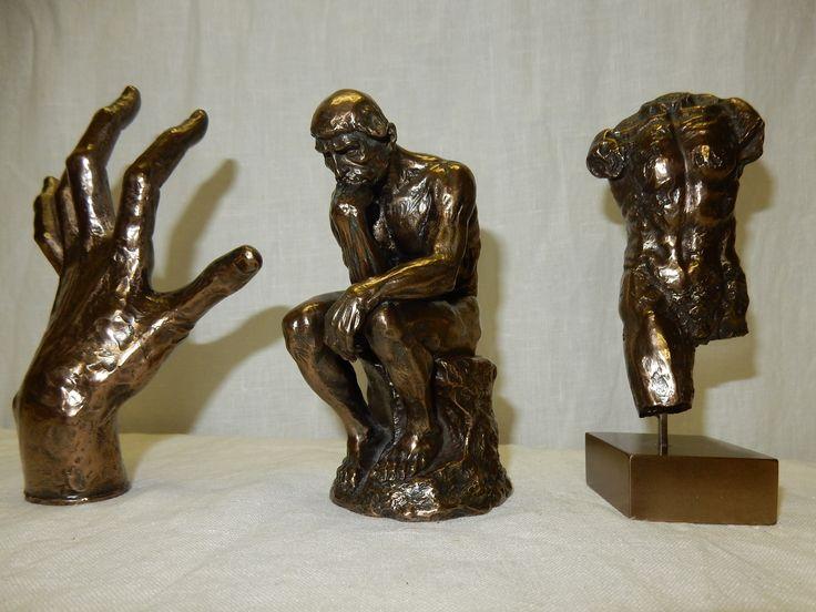 Drie beelden van MG, Museum Gallerie der Meesters. De mannelijke torso, ongeveer 14 cm hoog, € 50.00 De denker, ongeveer 12 cm hoog, € 70.00 De hand, ongeveer 14 cm lang, € 45.00