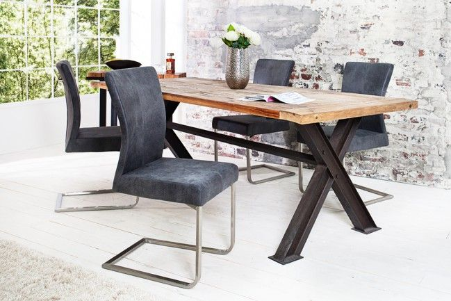 Deze mooie eetkamerstoelen vind je nu met €30,- korting! Vind dit en nog veel meer voor in je huis in de uitverkoop via Aldoor! #koopje #interieur #meubels #design #eetkamer #hout #tafel #stoelen #fauteuils #industrialchic #sale #interior #wood #chairs