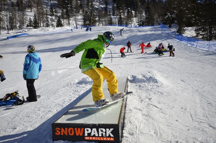 #LifeisSnow! Life in the #MarillevaSnowpark one of the five #snowpark of the big #SkiareaCampiglio in #ValdiSole #ValRendena in the north region of #Trentino in #Italy. Fun and enjoy!