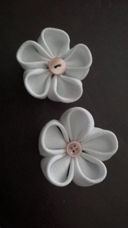 DIY kanzashi flowers ♥