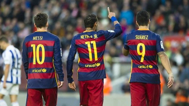 Messi, Neymar and Suárez were unstoppable in 2015. Leo Messi, Neymar Jr and Luis Suárez are top 3 players, according to l'Equipe. The blaugrana trident heads the 100-player list determined by the French newspaper's 19 sportswriters.. / Miguel Ruiz FCB