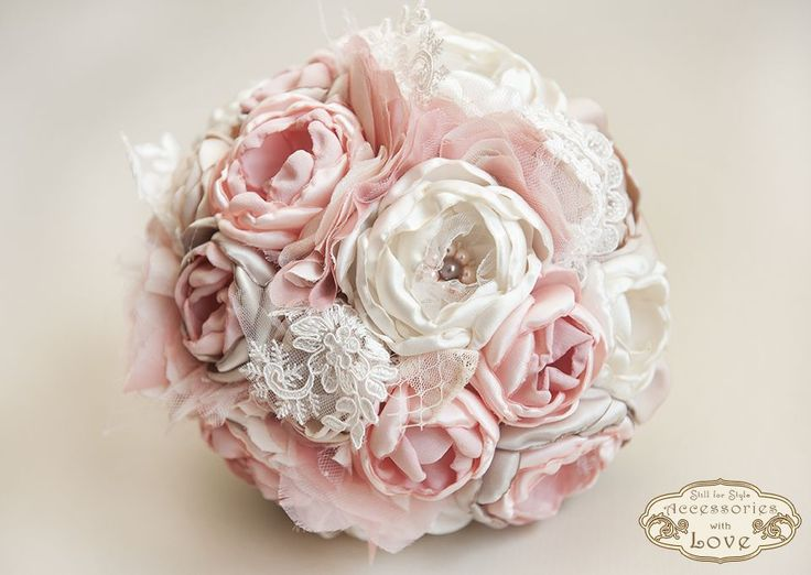 "Buchet mireasa din flori textile ""Pink Rhapsody"" de Flower.Flavour"