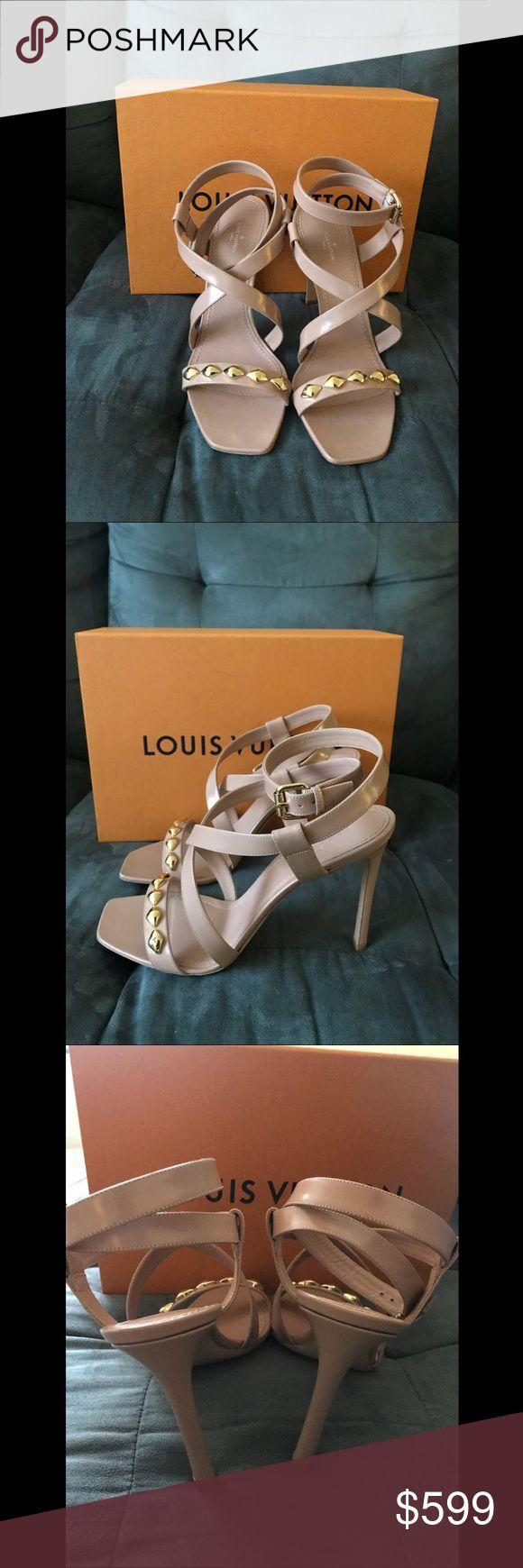 100% Authentic Louis Vuitton Unchain Ankle strap 100% Authentic Louis Vuitton Unchain Ankle strap sandals in beige. US11. Louis Vuitton Shoes Sandals