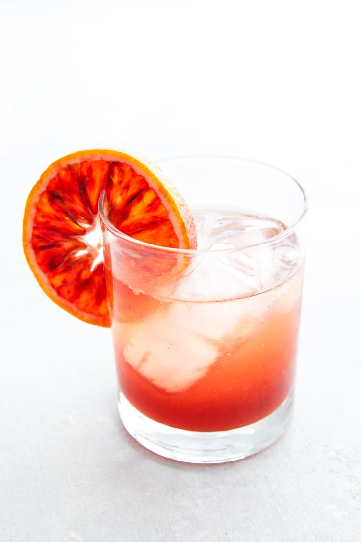 Sicilian Gin Spritz Cocktail with prosecco and blood orange juice