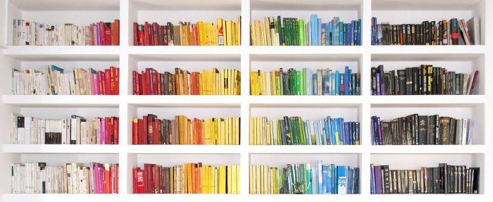Afbeeldingsresultaat voor bookshelves rainbow