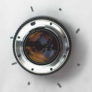 Markus Keinath - Conversion of a Minolta MC Rokkor 58mm/1.2 to Canon EOS DSLR