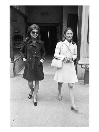 WWD - May 1970 - Jacqueline Kennedy Onassis