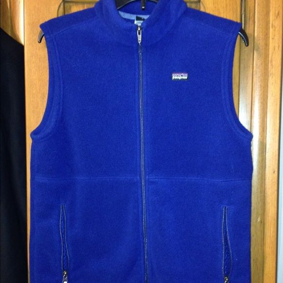 Patagonia Fleece Vest Boys size XXL. Would fit as a woman's small. Patagonia Jackets & Coats Vests