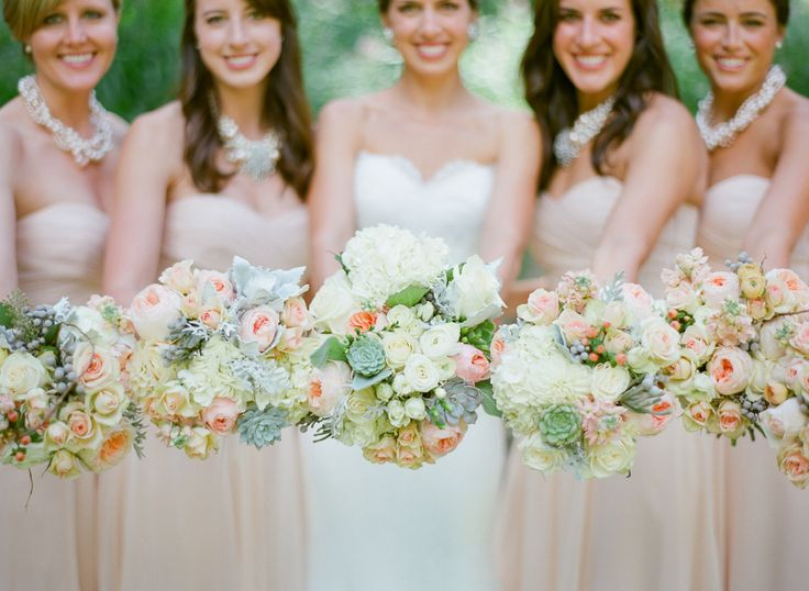 #bouquet  photography: Laura Ivanova Photography - www.lauraivanova.com  Read More: http://www.stylemepretty.com/2013/12/17/minnesota-lakeside-wedding/
