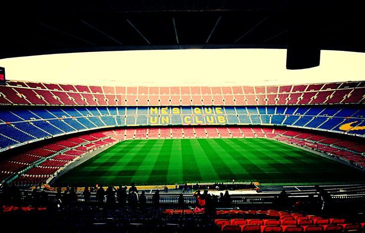 Visite Camp Nou in Barcelona, Cataluña. El estadio fue enorme. Fue genial ver donde el equipo barcelona juega en casa.