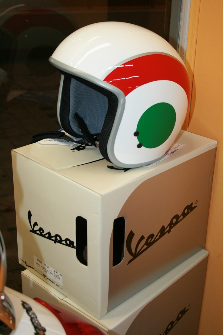 die besten 25 vespa helm ideen auf pinterest mopedhelme. Black Bedroom Furniture Sets. Home Design Ideas