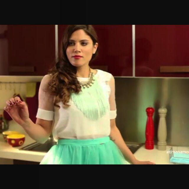 Mairi Synatsaki wearing Klaidra long fringe necklace at #tinmanamoutinlenegianni, Netwix | Ant1 Tv