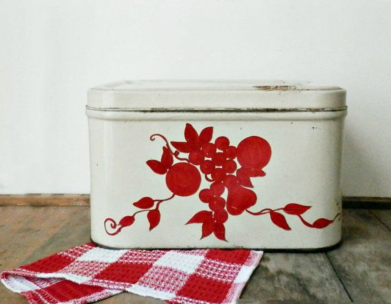 Hey, I found this really awesome Etsy listing at http://www.etsy.com/listing/152105669/farmhouse-bread-box-french-country
