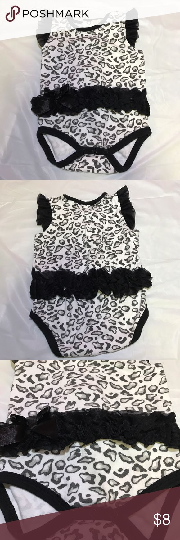 🎀Black and white cheetah outfit Brand new, only worn once for pictures. One Pieces
