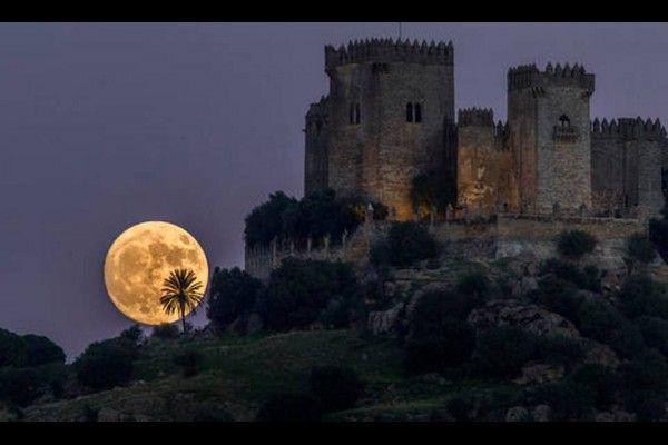 Castillo de Almodóvar del Río, Córdoba, Španělsko