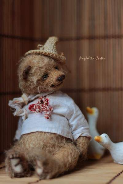 Bear Tarasij By Anzhelika Costin - Bear Pile