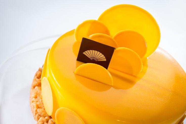 Franck Haasnoot - Paris, le 21 octobre 2011 – Après trois jours d'une compétition palpitante entre les 19 Maîtres chocolatiers finalistes des pré-sélections nationales, les résultats de la quatrième édition des World Chocolate Masters, ou Championnat du monde du chocolat, ont été annoncés. Le chef néerlandais Frank Haasnoot, est désigné « Meilleur Chocolatier du Monde 2011 ».