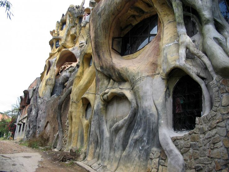 135 best Crazy houses and beyond... wish to own one! images on ...
